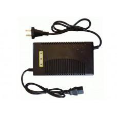 Автоматическое зарядное устройство для свинцово-кислотных АКБ на 12V(8А)