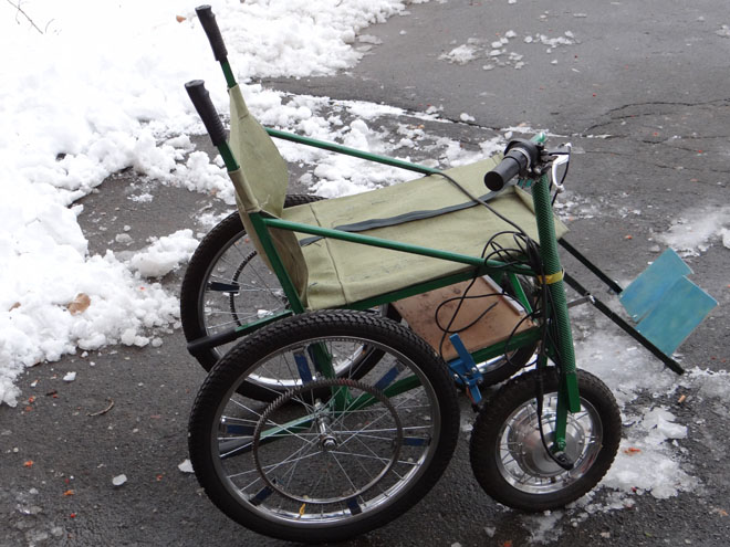 переоборудованная инвалидная коляска c электроприводом